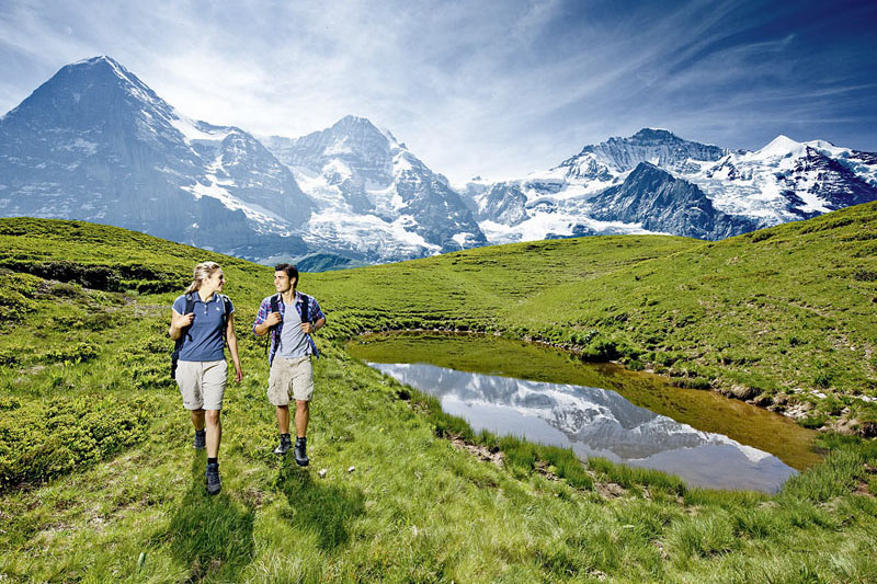 Walking at Kleine Scheidegg