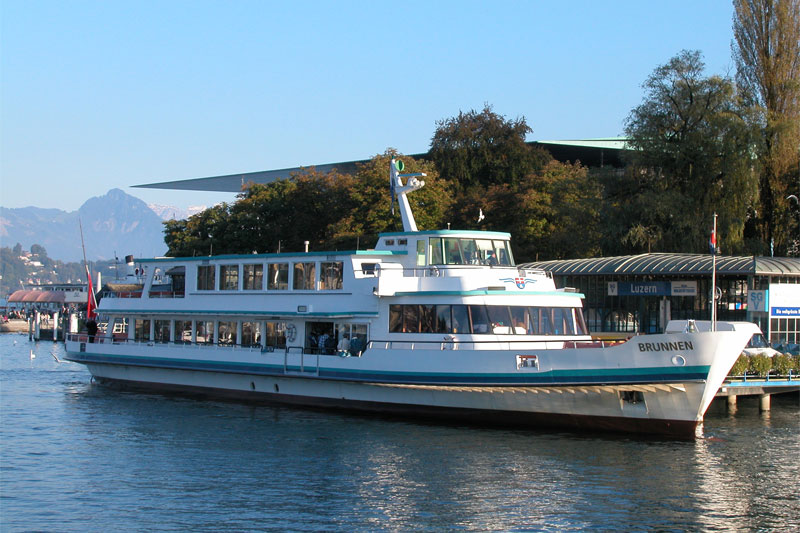 Motor boat cruise on Lake Lucerne