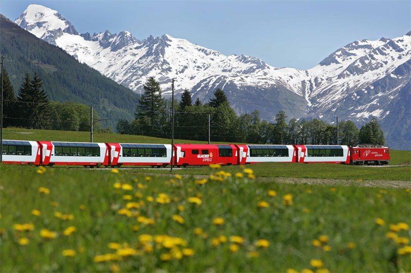 Spring journey on the Glacier Express