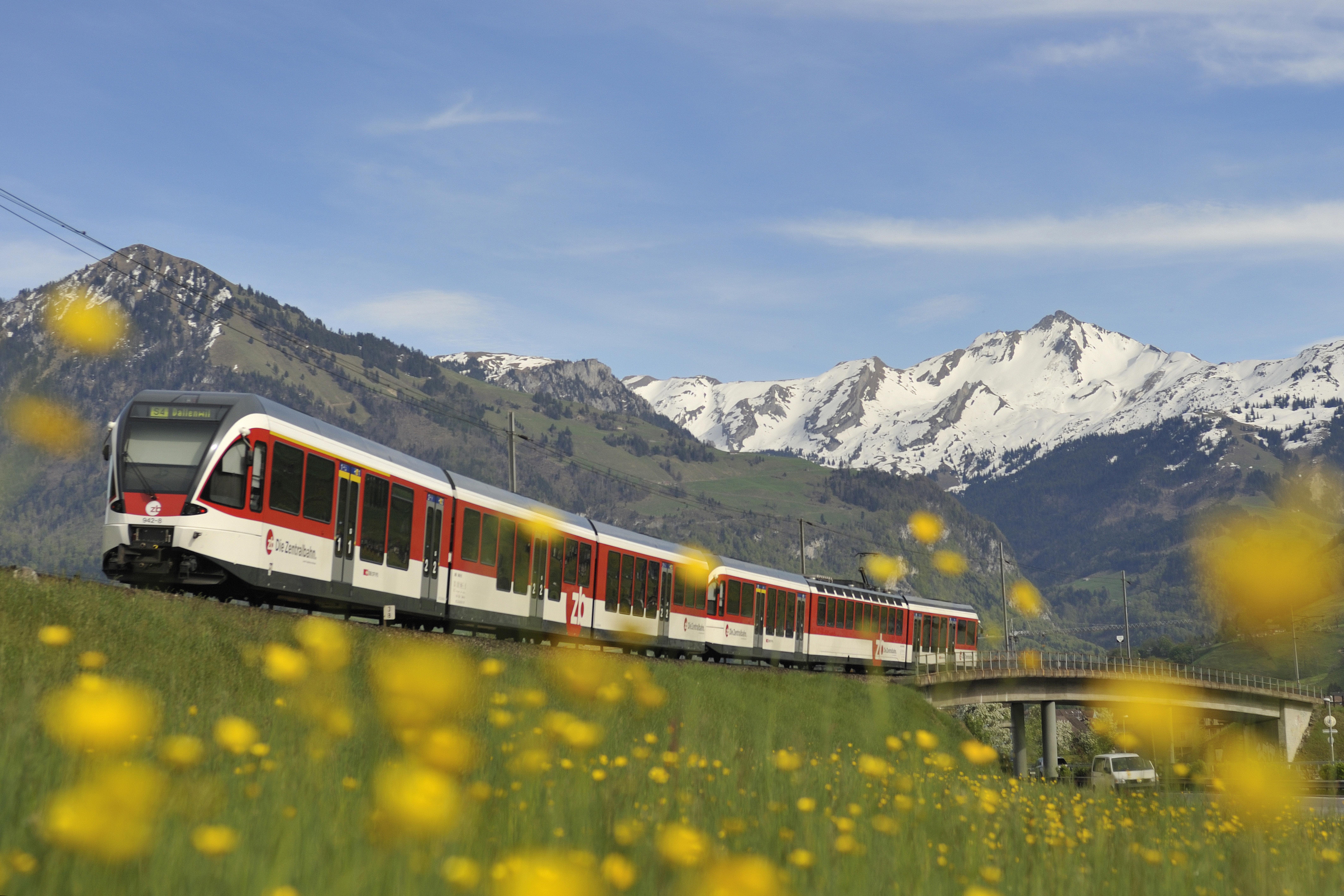 A spring view of the Luzern-Engelberg Express