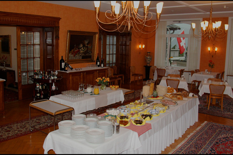 Hotel Royal, breakfast room