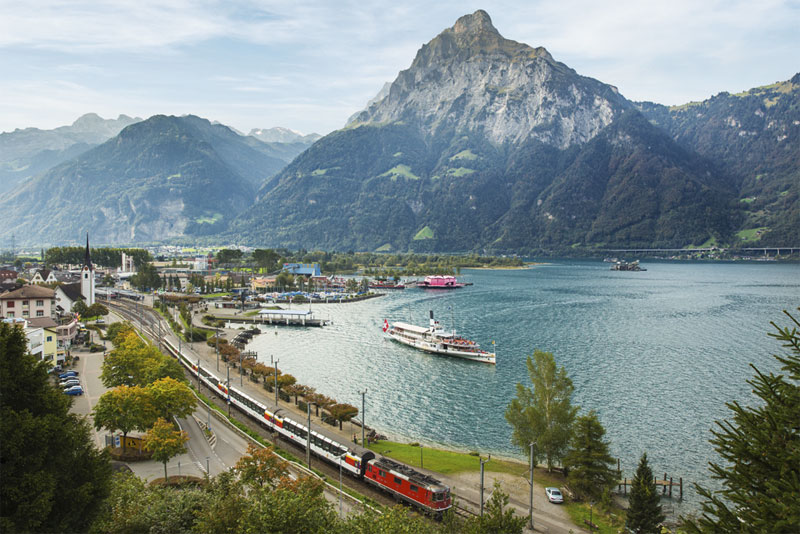 Flüelen - where you change between boat and rail on the Gotthard Panorama Express