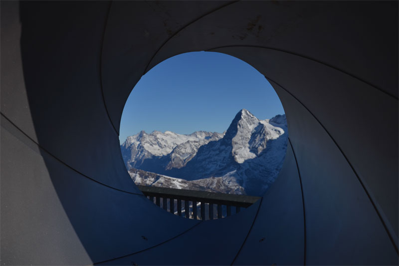 Bond view from the Schilthorn
