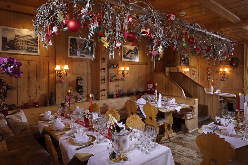The Arvenstubli restaurant at Christmas
