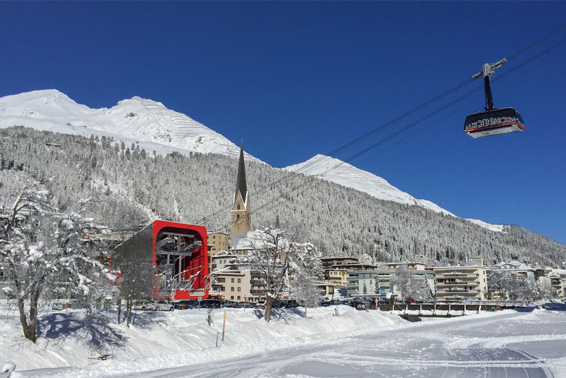 Winter view of the Jakobshorn valley station