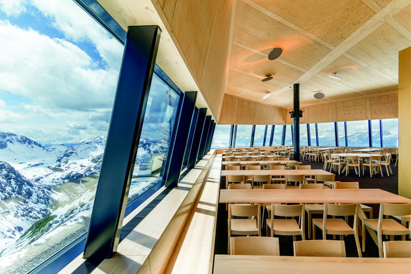 Mountain restaurant on the Weisshorn