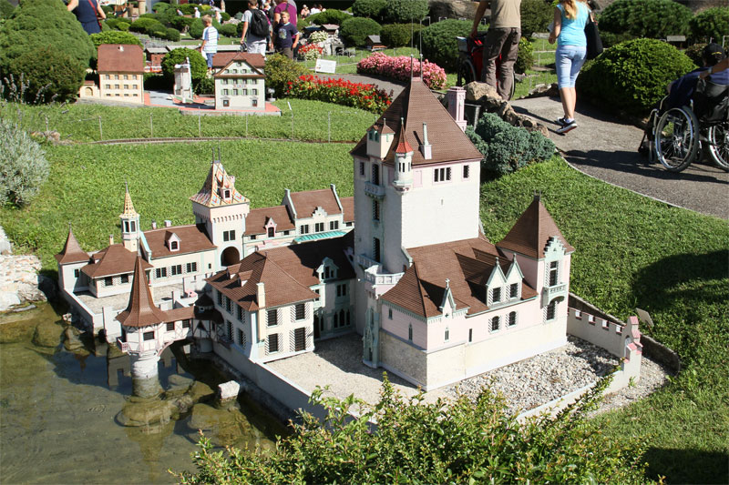 Oberhof Castle, Lake Thun