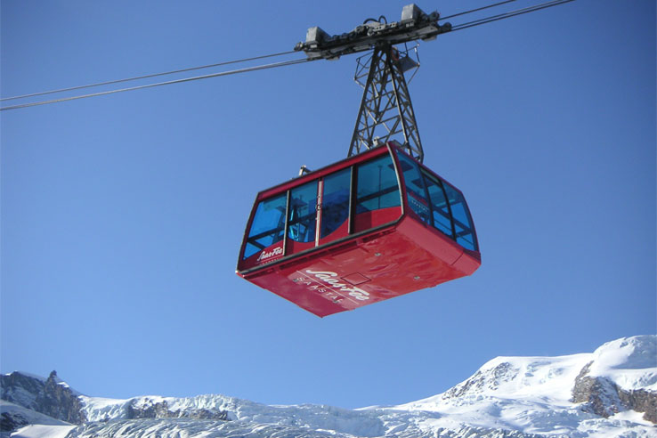 Cable car to Felskinn, near Saas-Fee