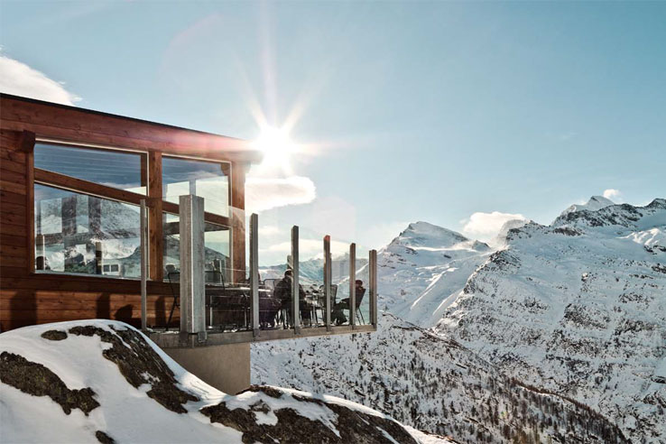 Mountain restaurant above Saas-Fee