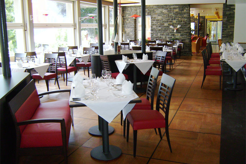 A convivial setting for your evening meal