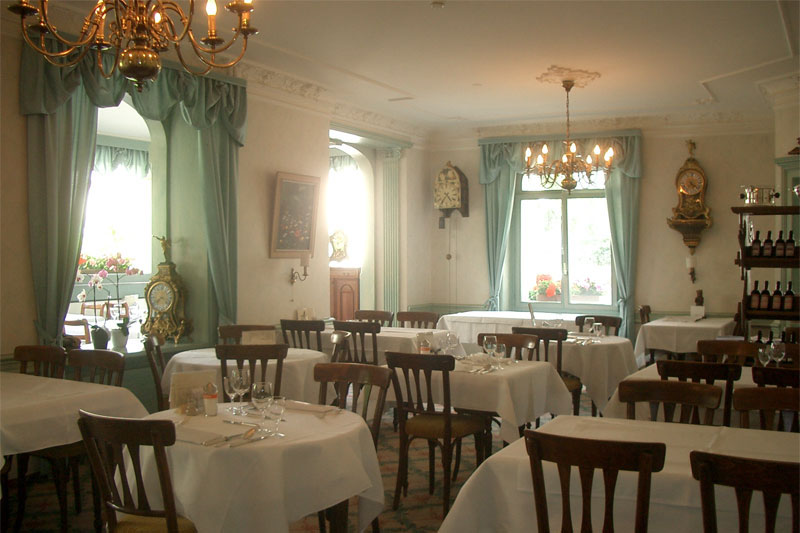 Breakfast room at the De la Paix