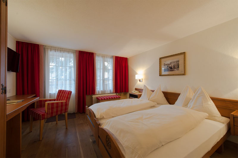 Example of a standard room at the Hotel Alpenblick