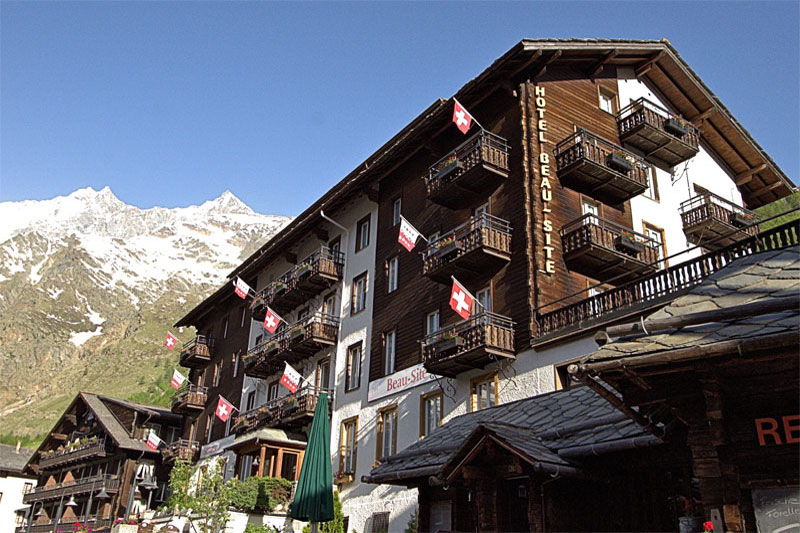The Sunstar has a typical Valais style